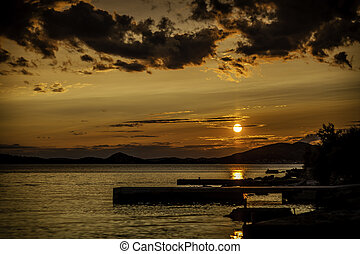 sonnenuntergang, auf, der, adriatisches meer, kroatien