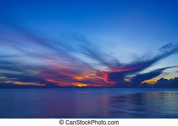 sonnenuntergang, see, songkhla, thailand., himmelsgewölbe