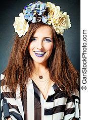 sonreír feliz, mujer, moda, estudio, retrato