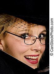 sonriente, dama, en, hat.