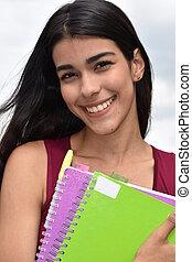 sonriente, estudiante femenino