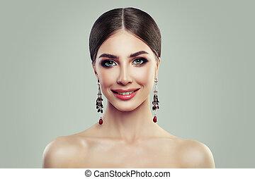 sonriente, moda, joyas, mujer, earrings., modelo, niña