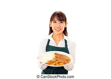 sonriente, proceso de llevar, comida, camarera