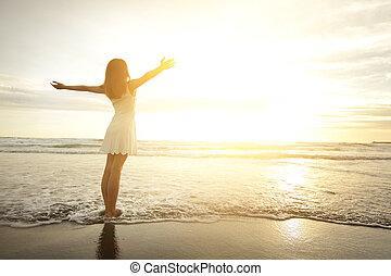 sonrisa, mujer, libre, feliz