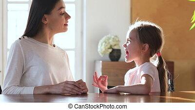 sons, thérapeute, parole, pendant, girl, articulation, leçon...