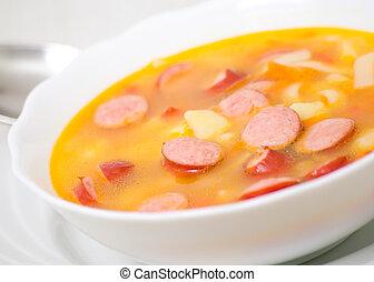 sopa, com, linguiça