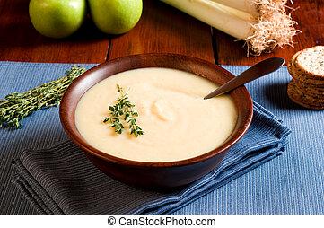 sopa, manzana, puerro