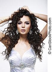 sophistication., na moda, mulher, com, cabelo encaracolado,...
