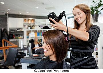 sopro, cabelo, secar, corte cabelo, após