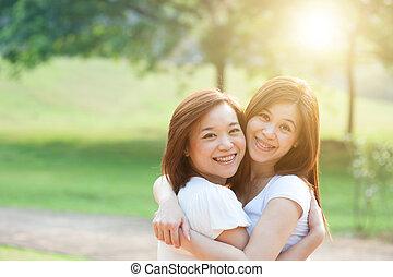 sorelle, divertimento, esterno, asiatico, adulto