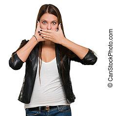 sorprendido, mujer, cubierta, ella, boca