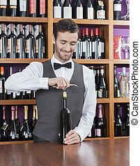 sorridente, apertura, barista, bottiglia, vino