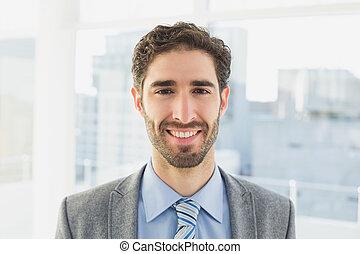 sorridente, macchina fotografica, uomo affari