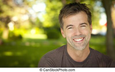 sorrindo,  câmera, homem, bonito