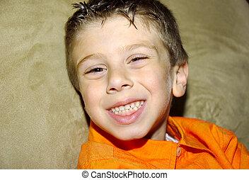 sorrindo, criança