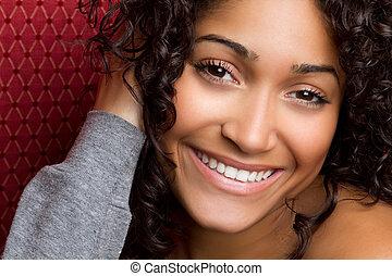 sorrindo, mulher americana africana