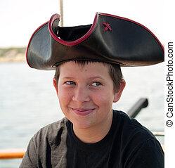 sorrindo, pirata