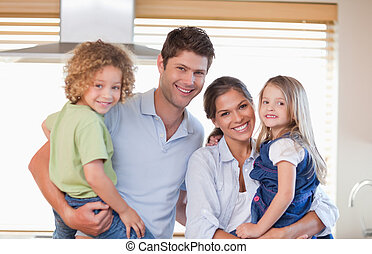 sorrindo, posar, família
