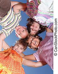 sorrir feliz, grupo, de, jovem, amigos