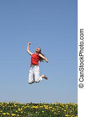 sorrir feliz, menina, pulos, em, florescendo, campo