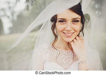 sorrisi, occhi, brunetta, nocciola, sposa, sotto, velo