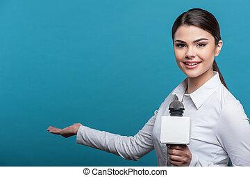 sorrizo, menina, bonito, jornalista, elaboração do relatório, tv, bonito