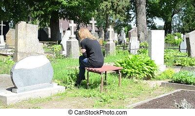 sorrow woman grave - Sorrow woman shrinked near father...