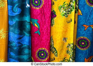 sortiment, i, farverig, sarongs, til salg