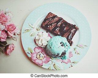 sorvete, hortelã, com, bolo chocolate