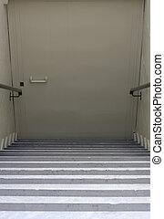 sotterraneo, porta