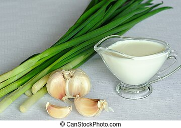Souce and onion and garlic