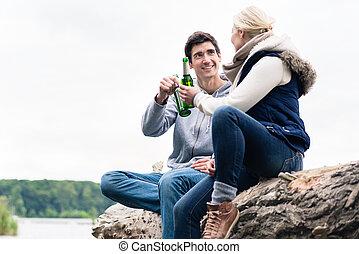 souche, séance, couple, arbre, bière, boire, rive