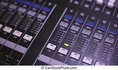 sound control in gear