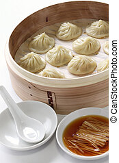 soup dumplings, xiao long bao - shanghai style steamed pork ...