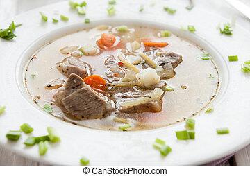 soupe, nouilles, boeuf