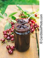 Sour cherry jam - Sour cherries and delicious jam