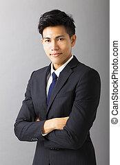 sourire, asiatique, jeune, homme affaires