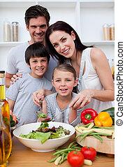 sourire, ensemble, cuisine, famille