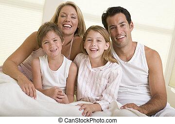 sourire, famille, lit, séance
