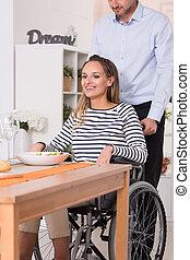 sourire, fauteuil roulant, femmes