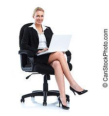 sourire, femme affaires, à, laptop.
