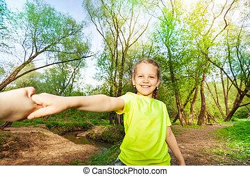 sourire, forêt, amusement, portrait, girl, avoir