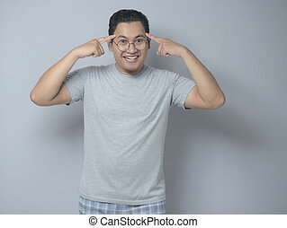 sourire, homme asiatique, intelligent, tête, pointage, sien