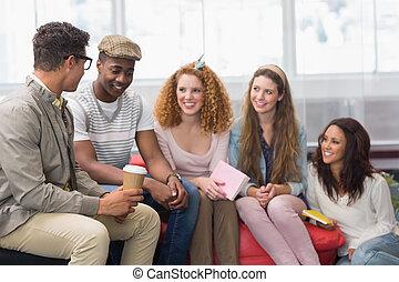 sourire, mode, étudiants, bavarder