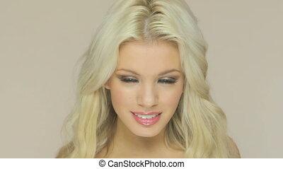 sourire, séduisant, blond, femme