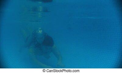 sous-marin, palsy., cérébral, dos, eau, leur, enfant, bébé,...