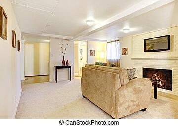 sous-sol, clair, salle de séjour, à, fireplace.