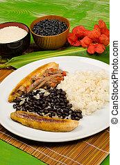Pabellon criollo, a traditional South American dish