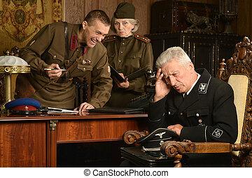 sovjetmedborgare, tjäna som soldat