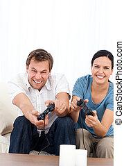 spänd, man, spelande video vilt